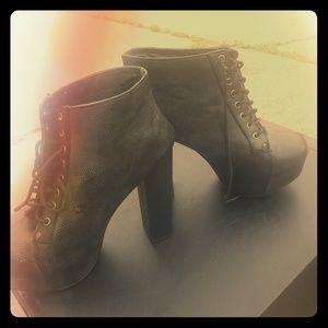 Vintage boots 8.5